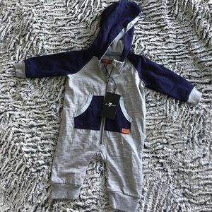🍁NWT 7 for all Mankind Onesie - 0-3 months